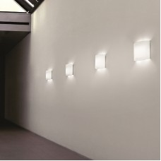 Настенный светильник Leucos                                        <span>AA 12</span>